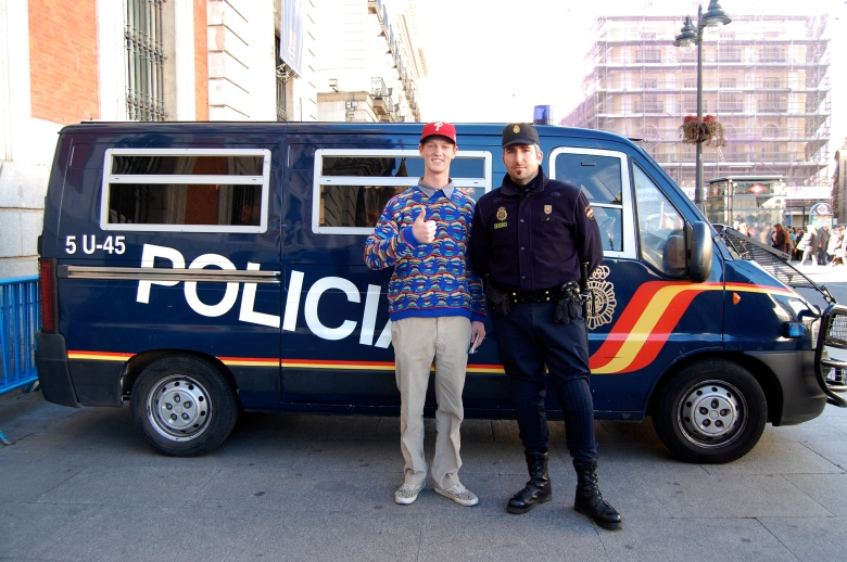 Patrick caught with la policia!