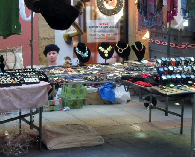tuspain8-4jewelry